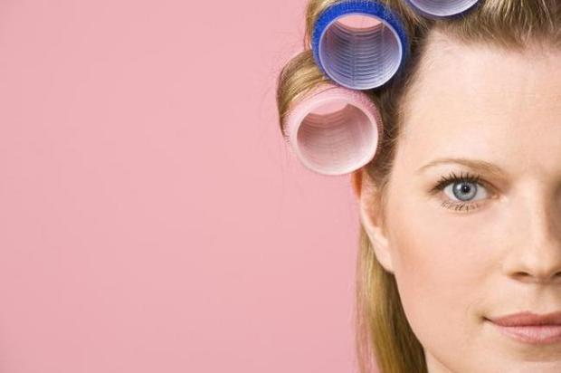 How to curl hair with hot rollers