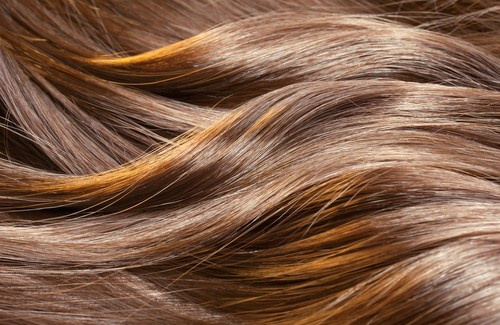 Accélérer la pousse de ses cheveux avec des recettes naturelles!