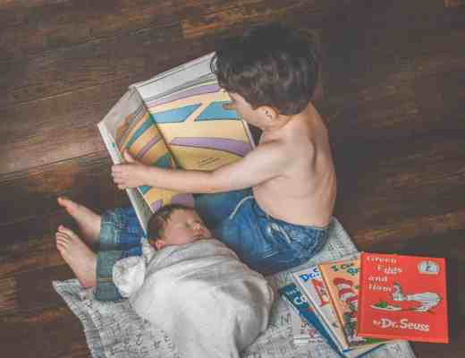 Want to know how to get your toddler or baby talking? Then read this! 5 Simple Ways to Promote Early Literacy. You can never start too young!