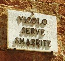 vicolo Serve Smarrite, Pitigliano