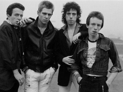 English punk rock group The Clash, New York, 1978. Left to right: singer Joe Strummer (1952 - 2002), bassist Paul Simonon, guitarist Mick Jones and drummer Nicky 'Topper' Headon. (Photo by Michael Putland/Getty Images)