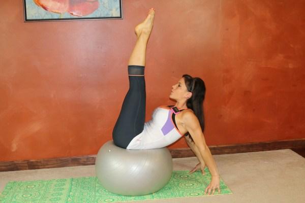 Ball Leg Lift