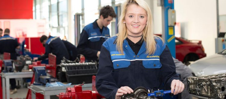Engineering Industry Must Address Apprenticeship Gender Imbalance