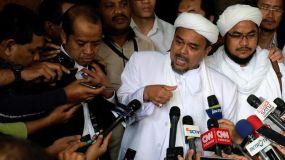 Selalu mangkir dari pemanggilan, polisi libatkan interpol seret Rizieq kembali ke Indonesia