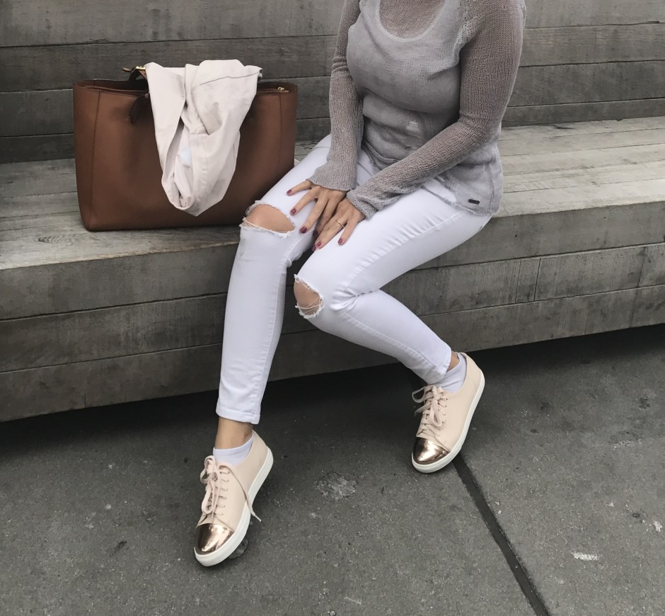 cap toe metallic sneakers, chic sneakers, sneakers for spring, stylish moms