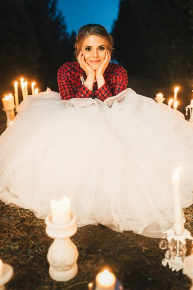 Festive Wedding Inspiration on a Christmas Tree Farm 32