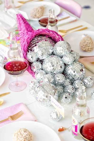 Discoball table decor 2