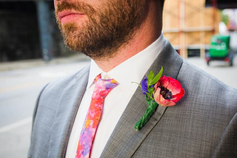 HANDMADE COLORFUL INTIMATE WEDDING IN A COFFEE SHOP (7)