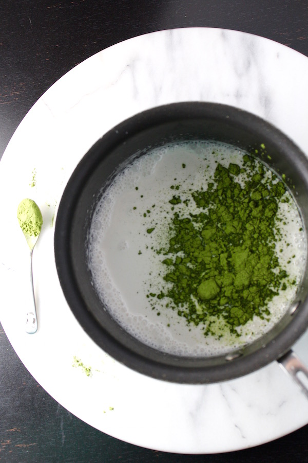 coconut milk matcha powder