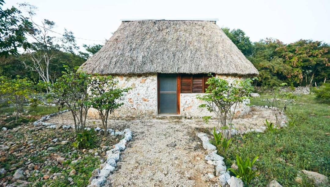 Cabanas-San-Antonio-de-Mulix