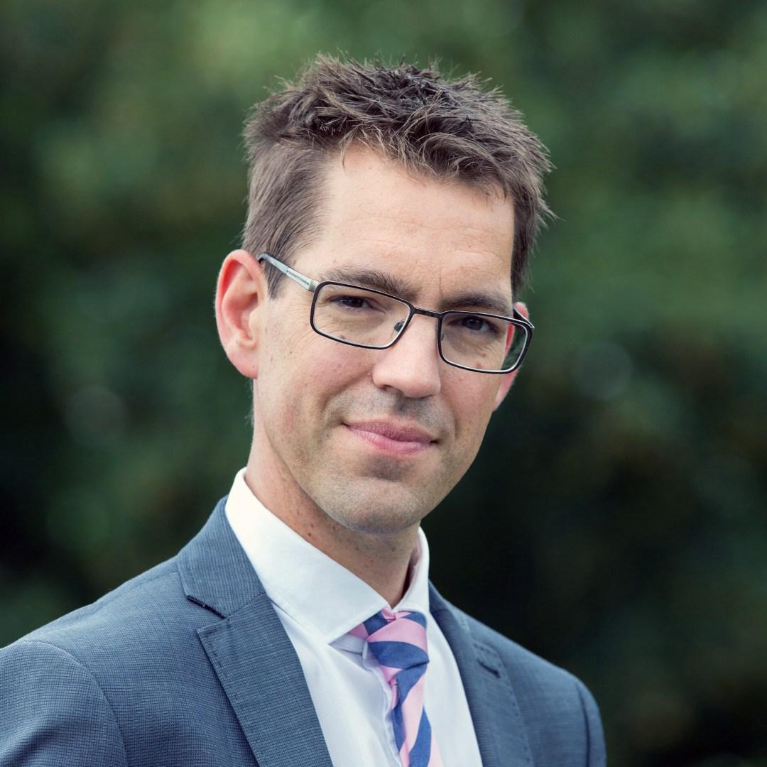 Arne van Hout