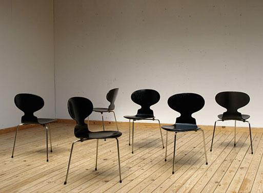 3 leg Ant Chair