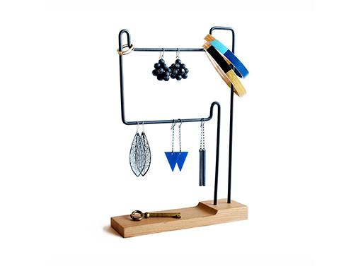 Flotiform Jewelry Stand
