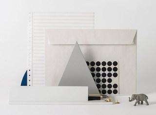 GoldenBiscotti-Desk-organiser-blue