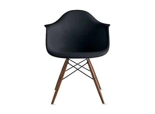 Eames Plastic Dowel-Leg Armchairs DAW