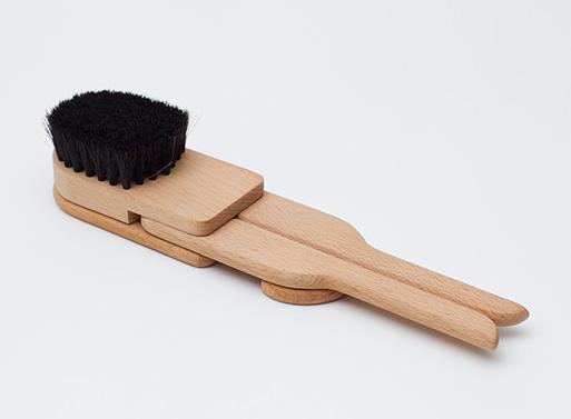 Brushhanger