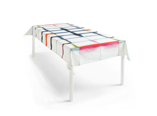 Fold Unfold Tablecloth