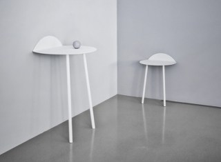 yeah-wall-table-white