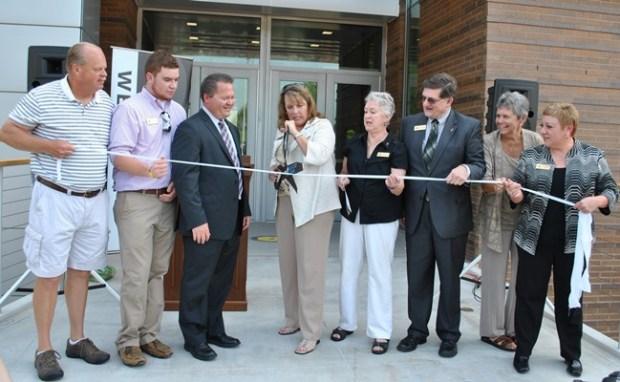 Health Sciences Center open house ribbon cut 9-1-15 077 (web)