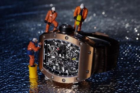 « Celui qui a une montre n'a pas le temps » (dicton africain)
