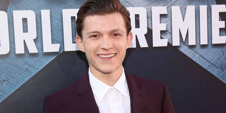 Tom Holland Strips To His Underwear On the Spider-man: Homecoming Set