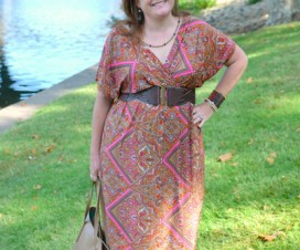 Plus Size fashion Blogger Sherry Aikens How to wear a maxi dress from biggirlsguide.com Plus Size fashion for women