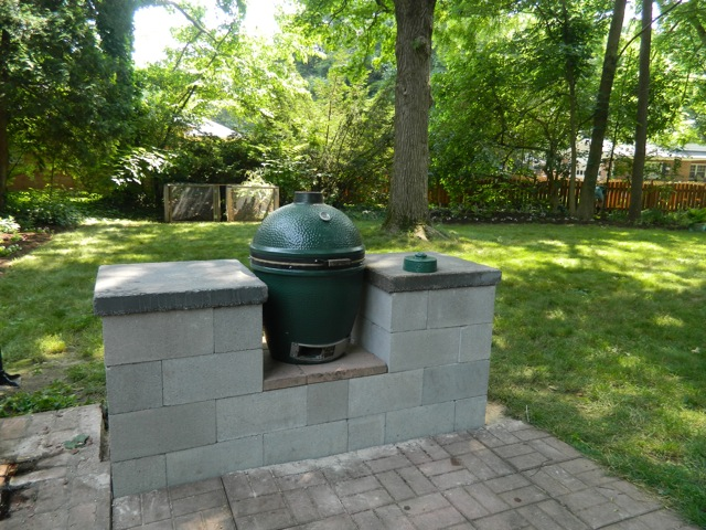 My Big Green Egg Table