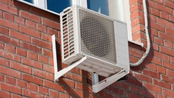 Air Conditioners with Heat Pump can save electricity for heating in winters