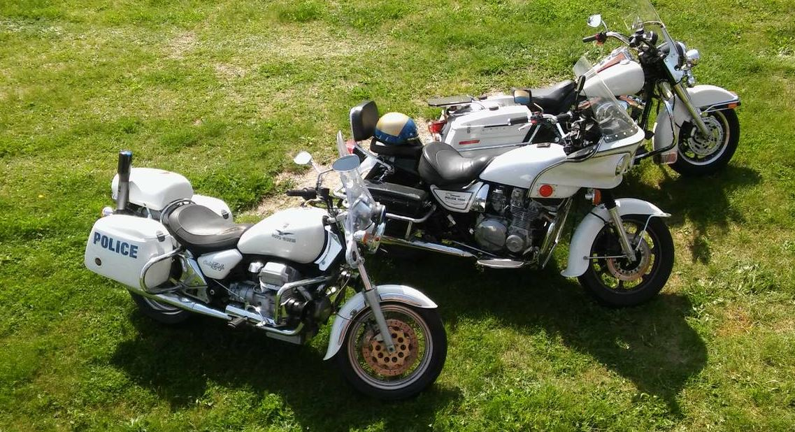 3 Bikes - Police Motorcycle Collection