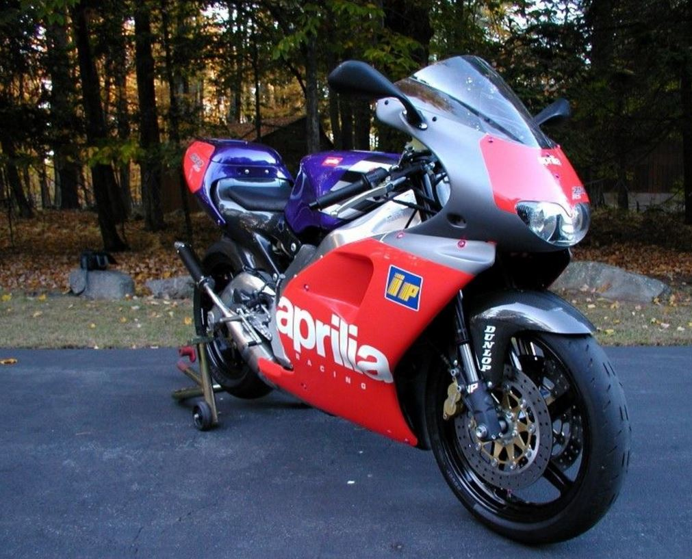 1 of 500 – 1995 Aprilia RS250 Loris Reggiani Replica