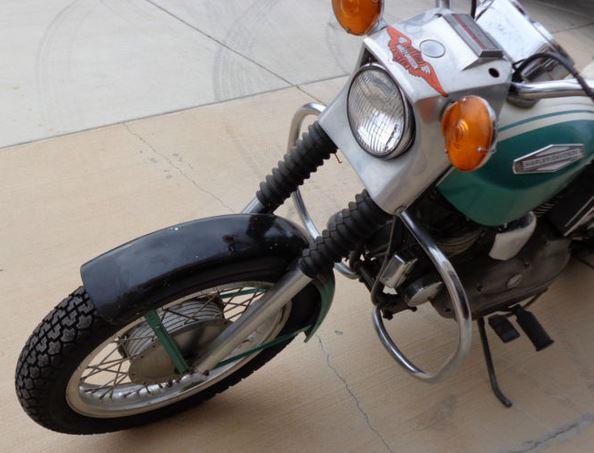 Harley-Davidson Sportster XLH - Front
