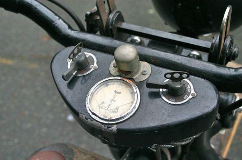 Harley Davidson VLD - Gauges