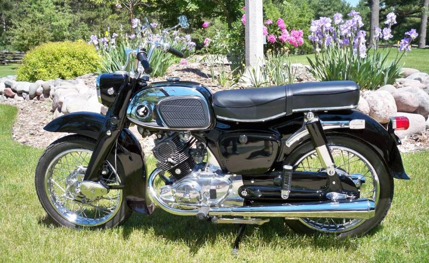 Baby Dream - 1964 Honda CA95 Benly