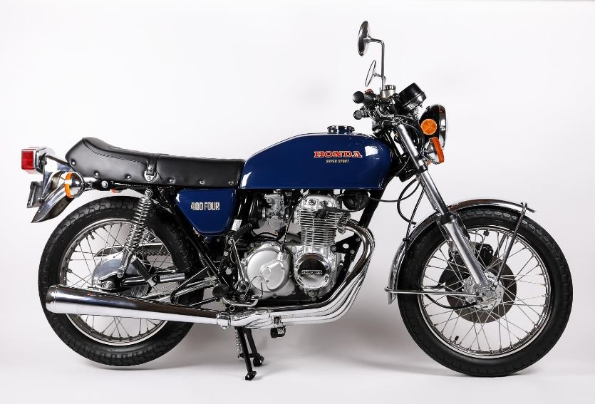 Beautiful Restoration - 1975 Honda CB400F