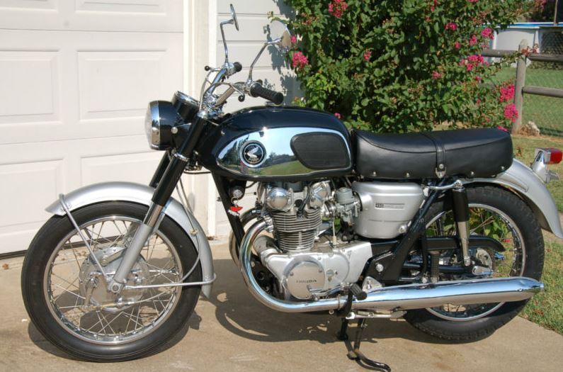 Honda CB450 Super Sport - Left Side
