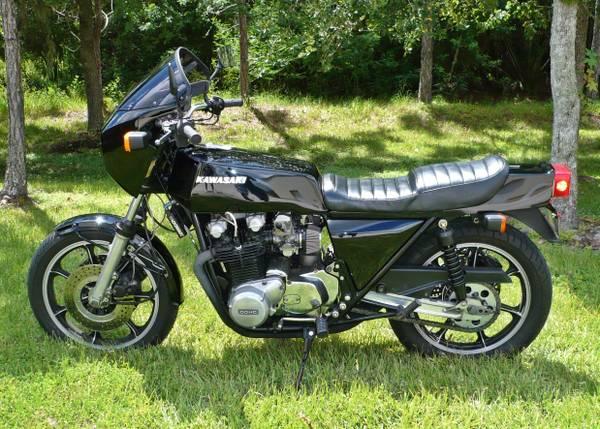 Kawasaki KZ1000 Z1R - Left Side