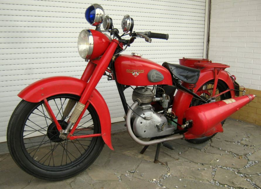 Fire Rescue - 1962 Motobecane 125SV