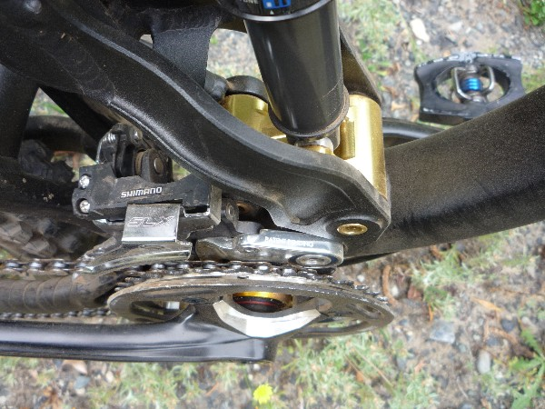 Toss in a gold Chris King bottom bracket and you've got a veritable Fort Knox down there!