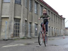 Konzentriertes Einradfahren