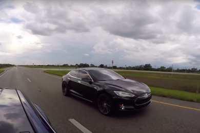 Tesla-model-s-p85d-vs-p90d