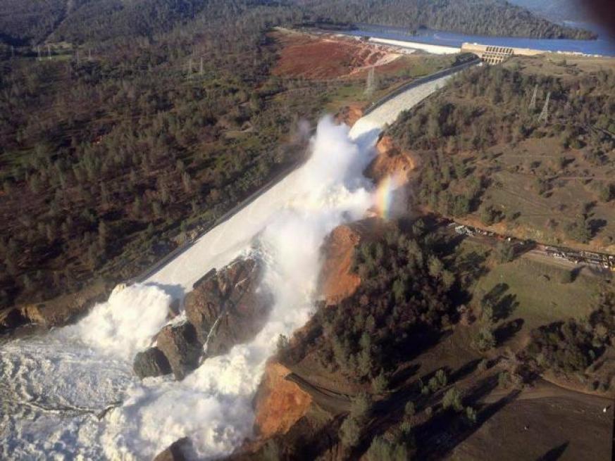 California, emergenza diga Oroville colpa dei cambiamenti climatici