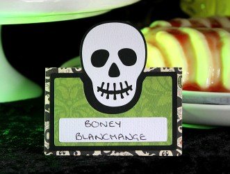 skull-place-card