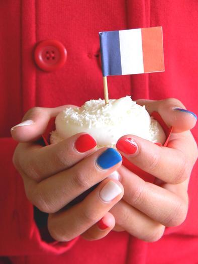 Paris Winter Birthday ideas cupcake with a flag