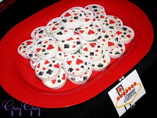 adult-40th-las-vegas-casino-birthday-party-ideas-decorations-poker-treats-aces-clubs-diamond-spade-pattern-treat