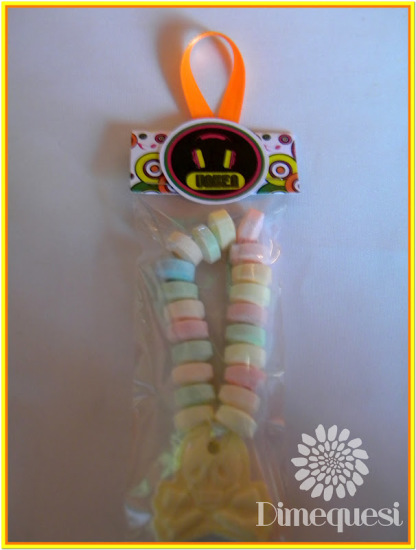 fiesta-disco-birthday-party-ideas-necklace