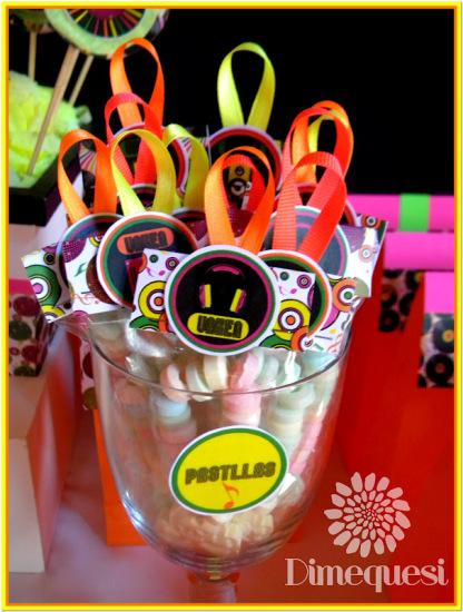 fiesta-disco-birthday-party-ideas-necklaces