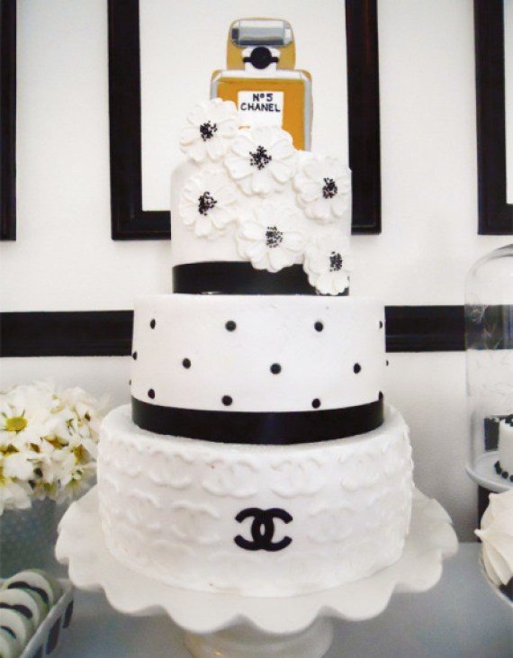 chic-coco-chanel-inspired-30th-birthday-cake-inspirations