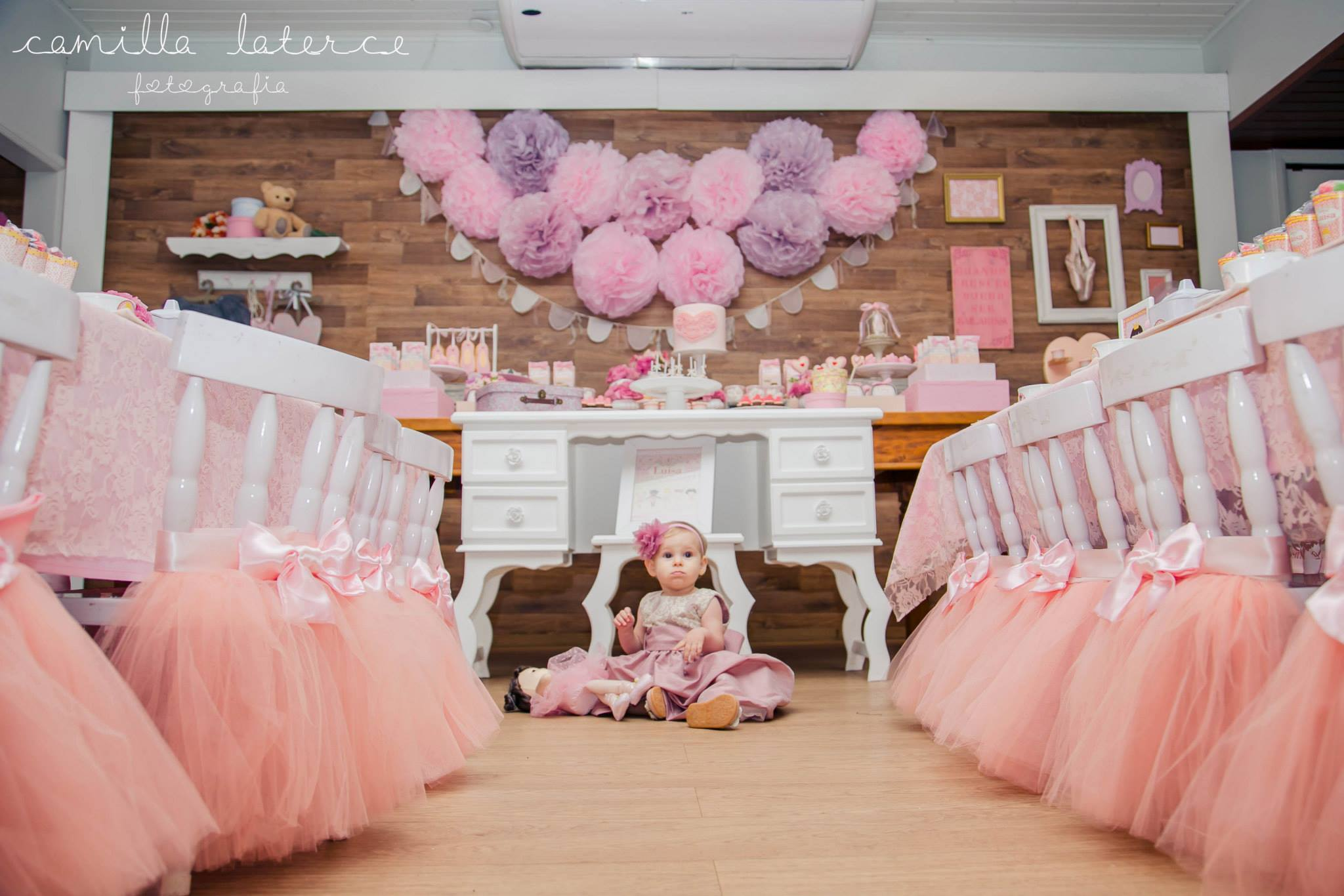 Sweet ballerina birthday party birthday party ideas themes for Ballerina party decoration