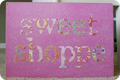 sweet-shoppe-birthday-party-sign