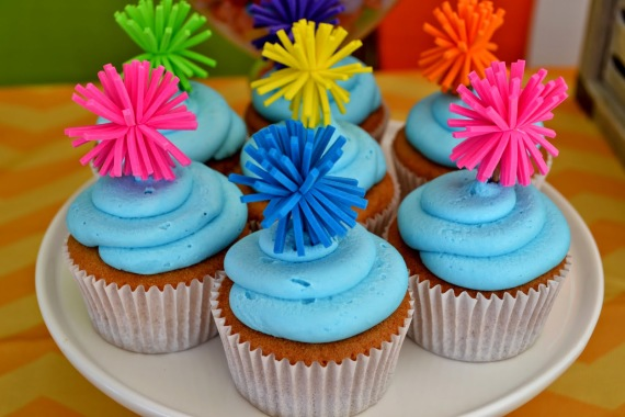 teen-beach-movie-birthday-party-cupcakes